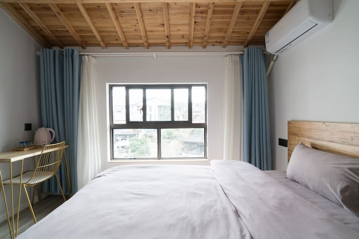By the West Lake,Cozy Room,Simple Stay!