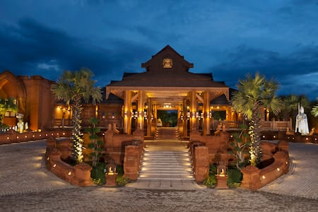 Heritage Bagan Hotel - The Dynasty Awaits