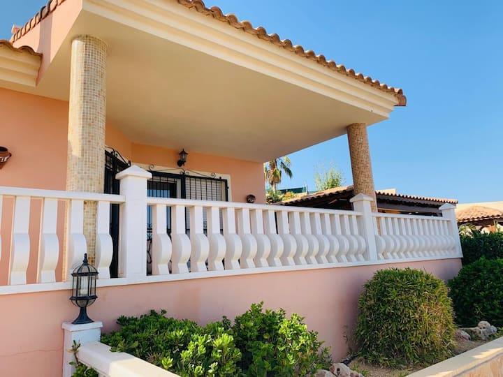 Superb detached villa, El Dorado, Mutxamel