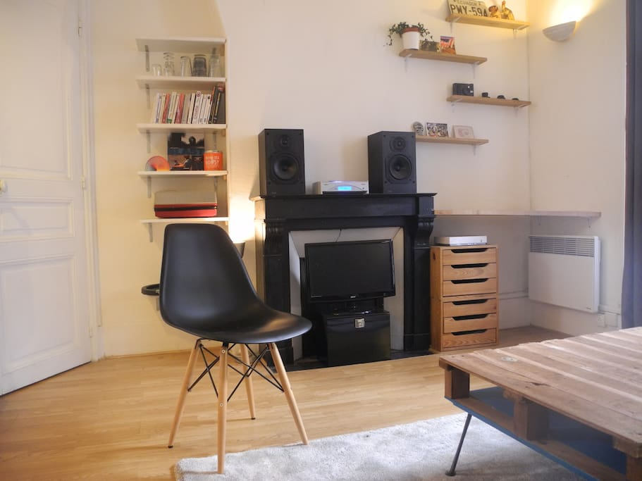 very nice studio in central paris   apartments for rent in