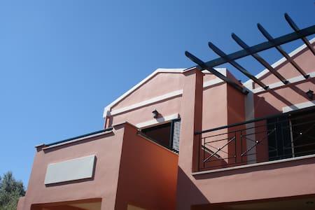 Ionian Breeze studios - レフカダ
