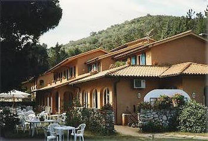 residence del golf - località Acquabona - Apartment