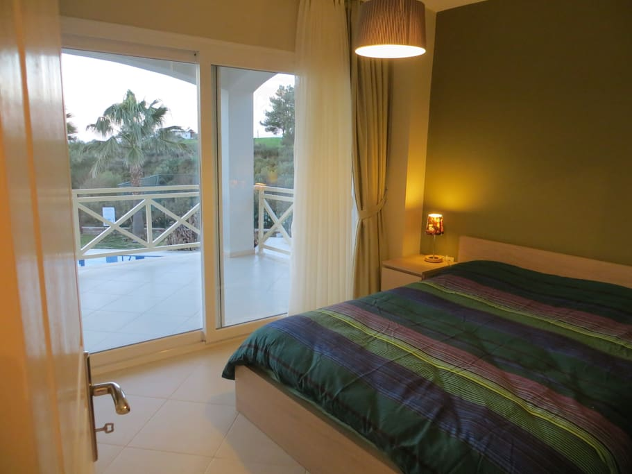 Guestroom 2 with balcony