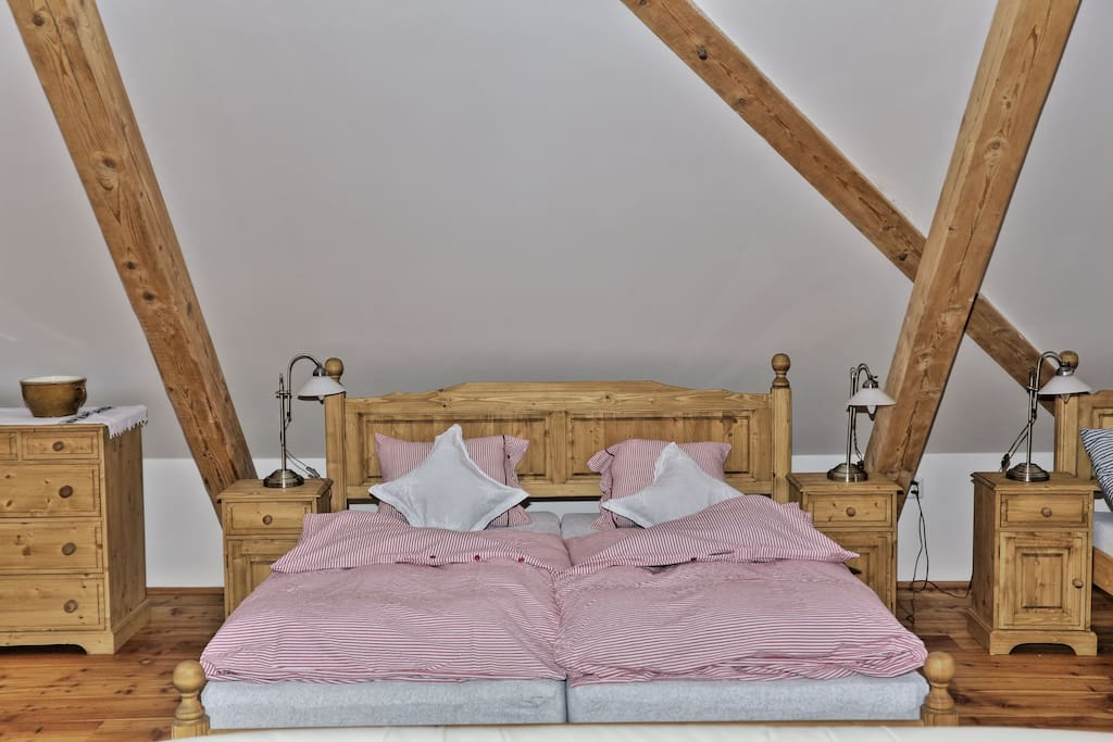 Single bed can be added