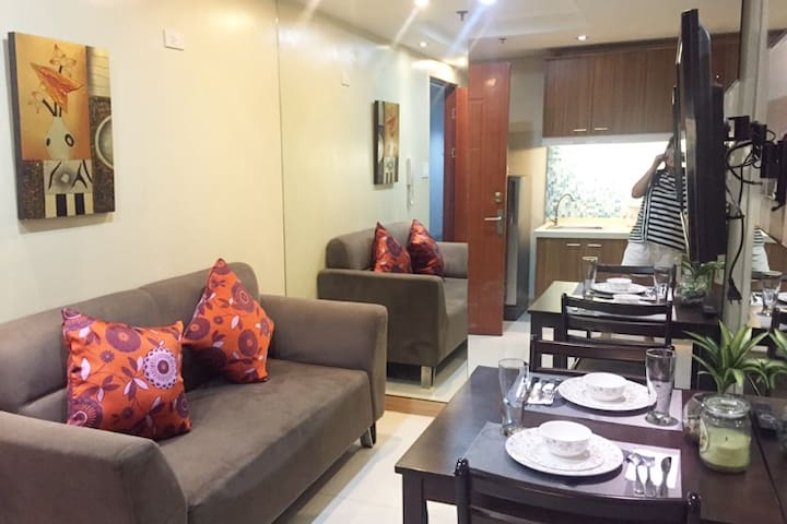 Hotel type Condo @ADB Tower - Unit 14D (14th flr)