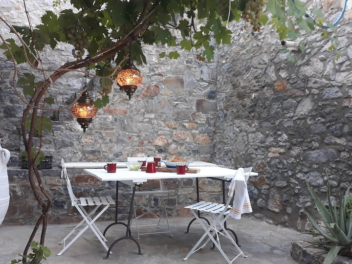 An original 19th century stone house in Crete