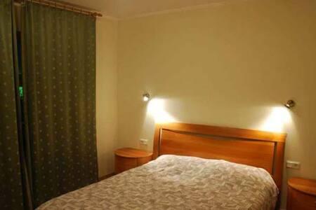 Уютная комната в радушном доме - Appartement