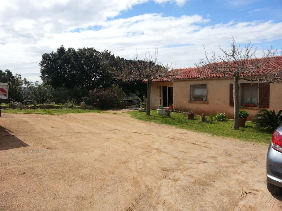 Chambre d 39 hote a 20 mn de bonifacio houses for rent in for Chambre d hotes bonifacio