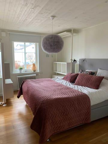 Master bedrum sovrum 1