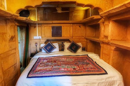 Heritage princes in haveli room