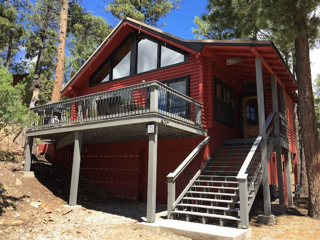 Ruidoso Red Cabin