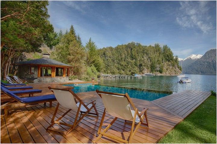 Exclusive Luxury Villa in Bariloche  National Park