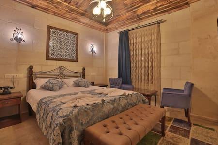 Caravanserai Inn Hotel- Stone Double Room 2