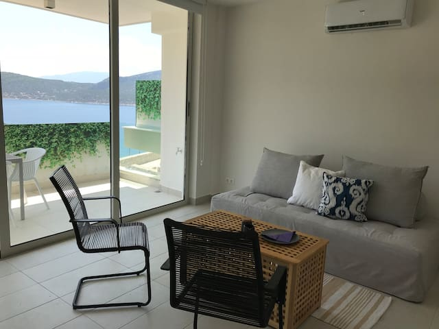 Beautiful sea view, brand new house