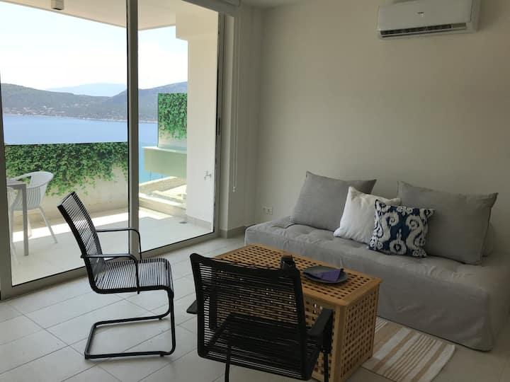 Beautiful sea view, brand new house