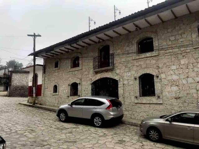 Hermosa Casa de Piedra en Cuetzalan Puebla.