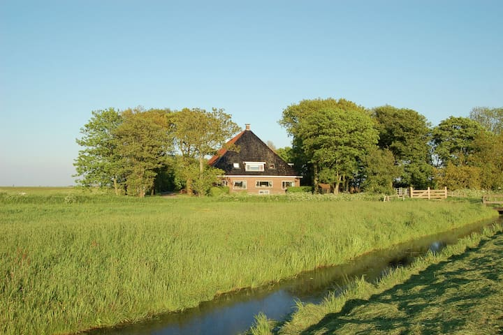 Rural holiday home in Workum, wheelchair-accessible and with horse stables