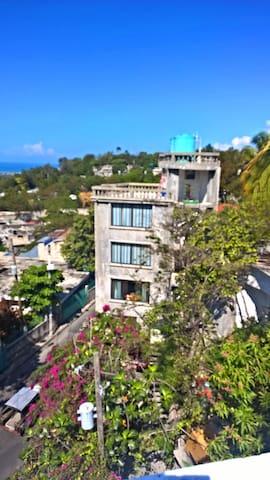 Kay Zabo - Port-au-Prince - Bed & Breakfast
