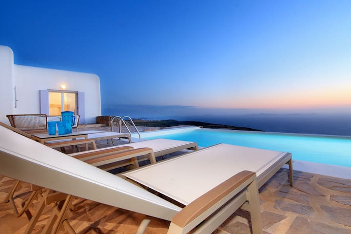 Majestic Villa Corina (4Bed-Pool-Seaview) - Mikonos - Villa