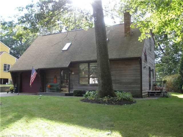 3 Bedroom cottage in Lake Bunggee Neighborhood