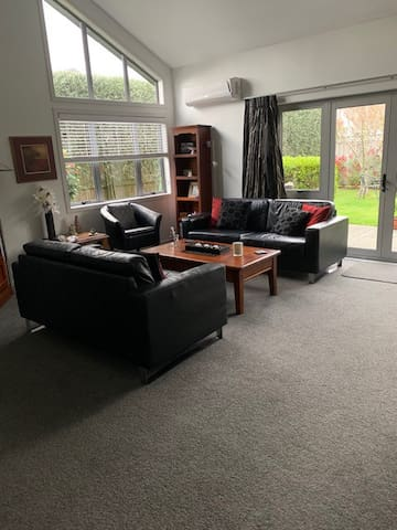 Two Mile Bay luxury modern indoor/outdoor stays