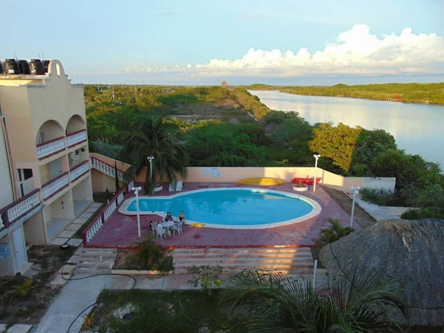 Flamingos: Apt. w/ view to the estuary of Progreso - Progreso - Lägenhet