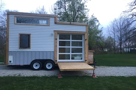 Two Deck Indianapolis Tiny House - Zionsville - 露营车/房车