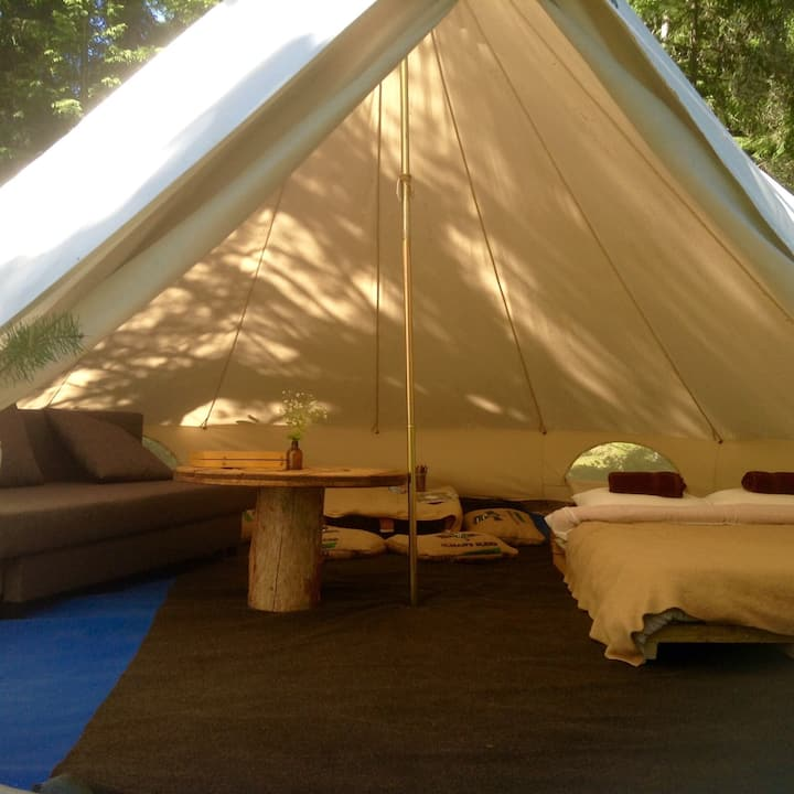 Private Family Tent Projekt-Kodu Retreat