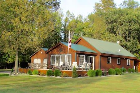 Cozy Cottage - Alburgh - Ház