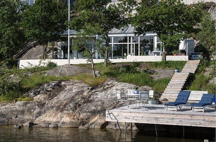 Modern villa right by the sea