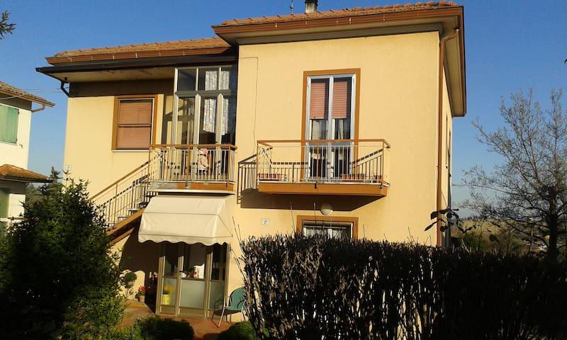 Casa di Nonna Luisa - La Zingarina - Huoneisto
