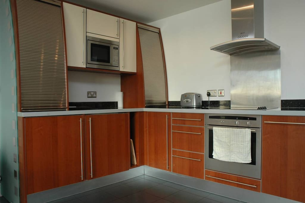 Open plan fully furnished kitchen