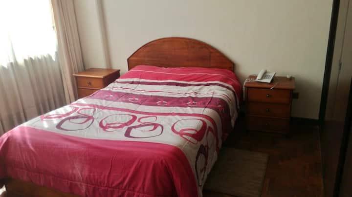 Suite con baño privado en Calacoto
