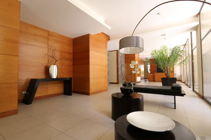 New and spacious apt. in Las Condes