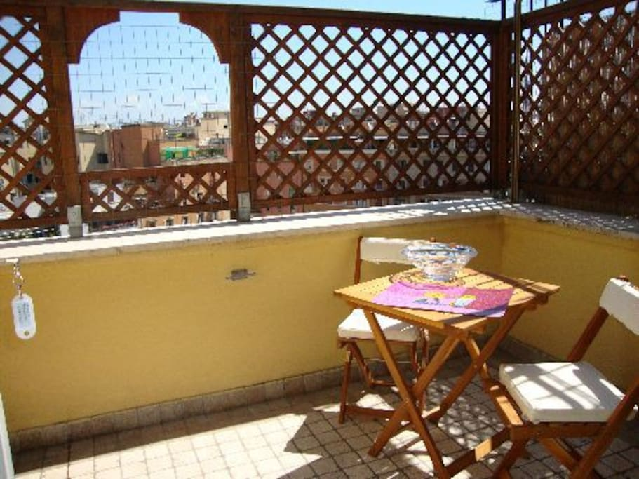 beautiful terrace with view - Terrasse mit schoener Sicht