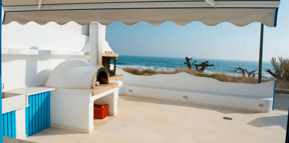 Haus am Strand - Makry Gialos - House