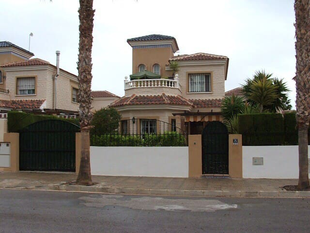 Detached 3br villa 2km from beaches - Guardamar del Segura - Hus