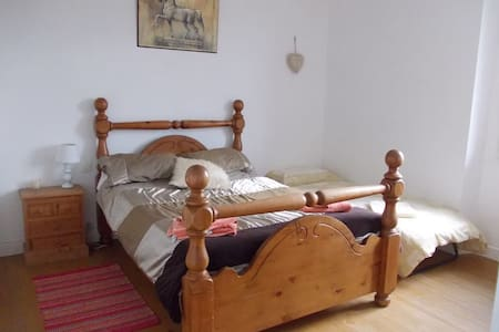 French Activity Holidays: Bedroom 1 - Bed & Breakfast