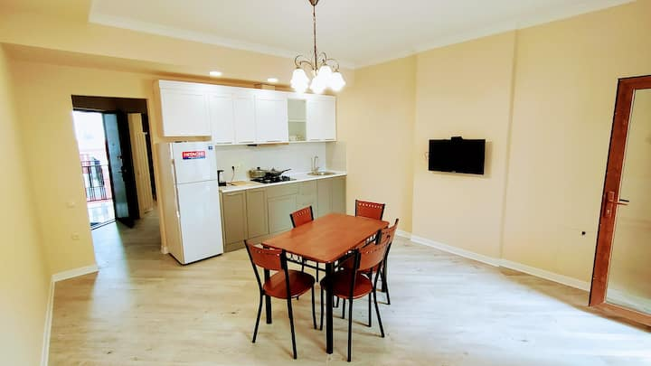 47 Новые апартаменты в самом центре Батуми