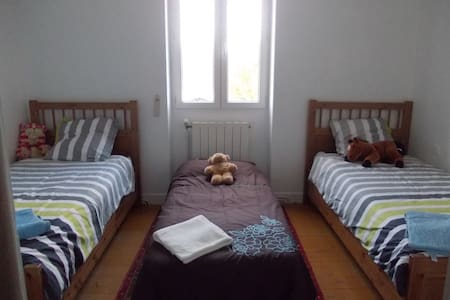 French Activity Holidays: Bedroom 4 - Viella