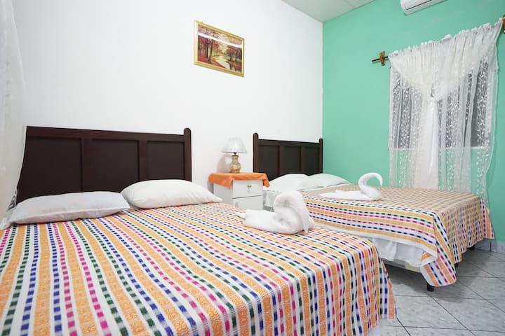 Bed&Breakfast hotel near Tikal