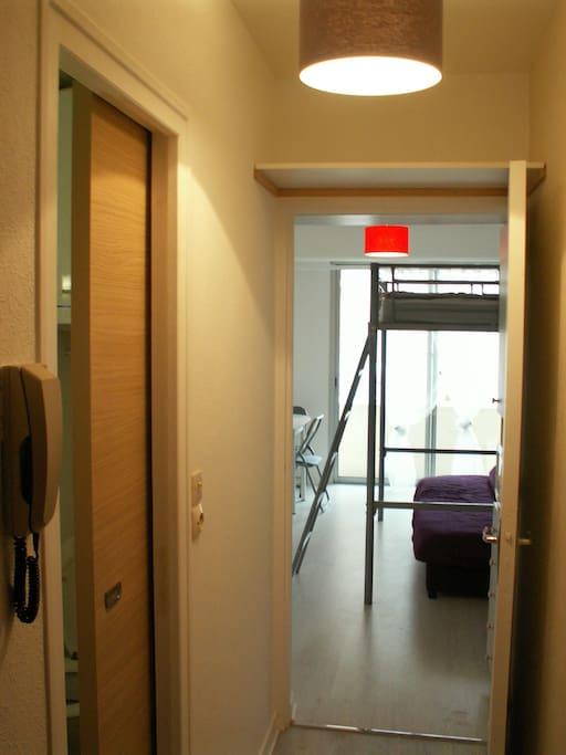 studio meubl avenue de gaulle apartments for rent in pornichet pays de la loire france. Black Bedroom Furniture Sets. Home Design Ideas