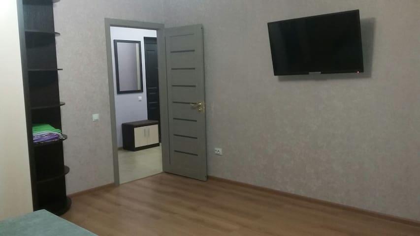 Чистая квартира в новом доме. - Tambov - Apartamento