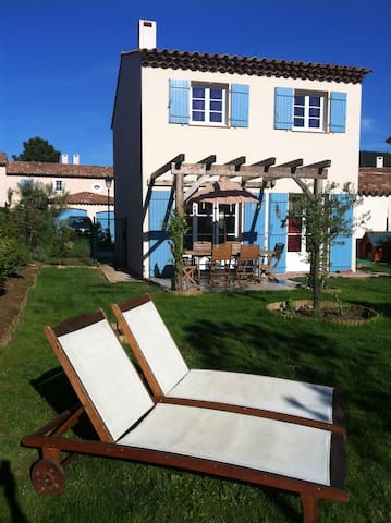 Villa maison golfe saint-tropez var - La Môle - House