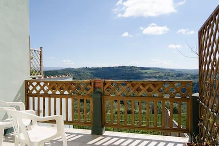 Big apartment with splendid views. - Fiano - Haus