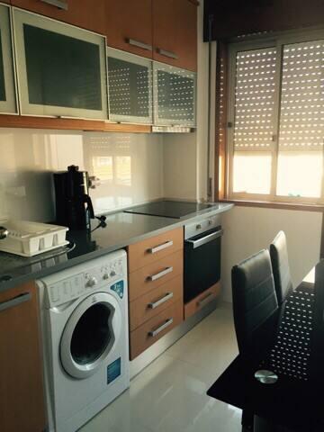Appartement pour maxi 6 personnes  30m de la mer