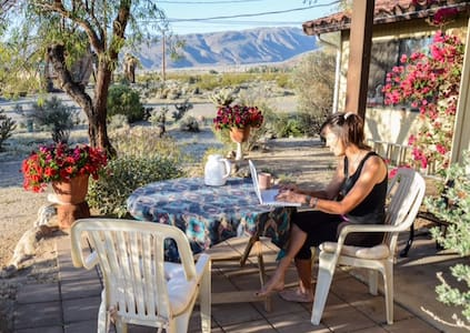 Sweet little home in SunGold - Borrego Springs