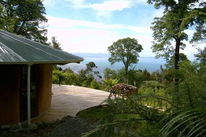 Peaceful retreat with stunning views - Takaka - Yurt