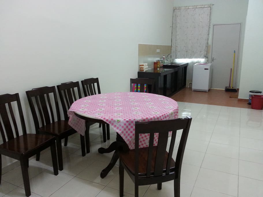 Dining Table, with Kitchen facilities available