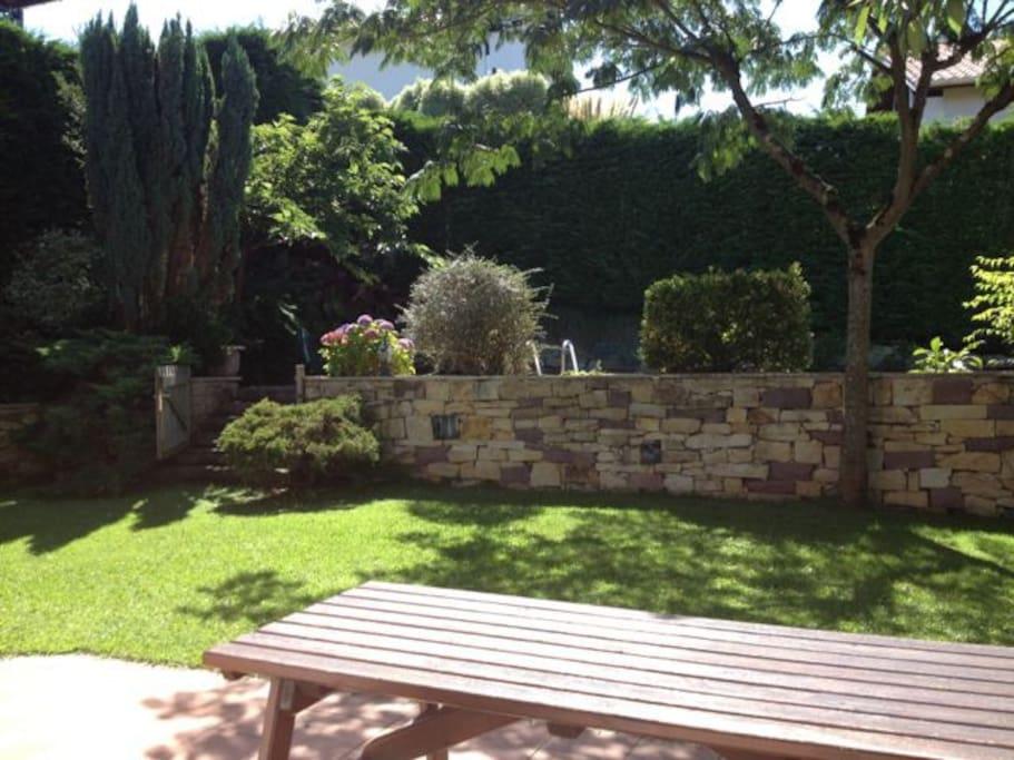 Villa avec piscine hendaye maisons louer hendaye for Piscine hendaye